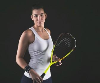 Jakie zalety ma gra w squasha?
